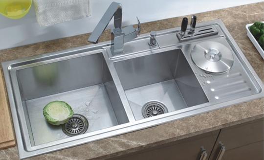 Thiết bị vệ sinh inox 304 cao cấp: sạch sẽ, giá tốt, bền đẹp