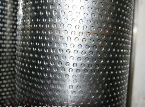 Tấm inox đột lỗ đầy đủ kích cỡ, độ dày tiêu chuẩn kèm theo giá tốt